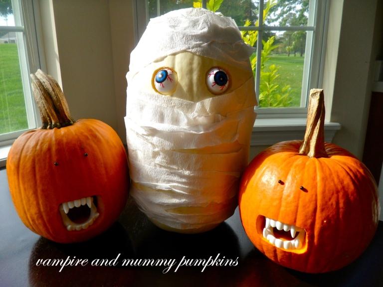 mummyvampirepumpkins copy