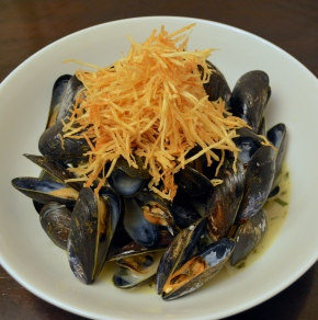 Mussels + Frittes