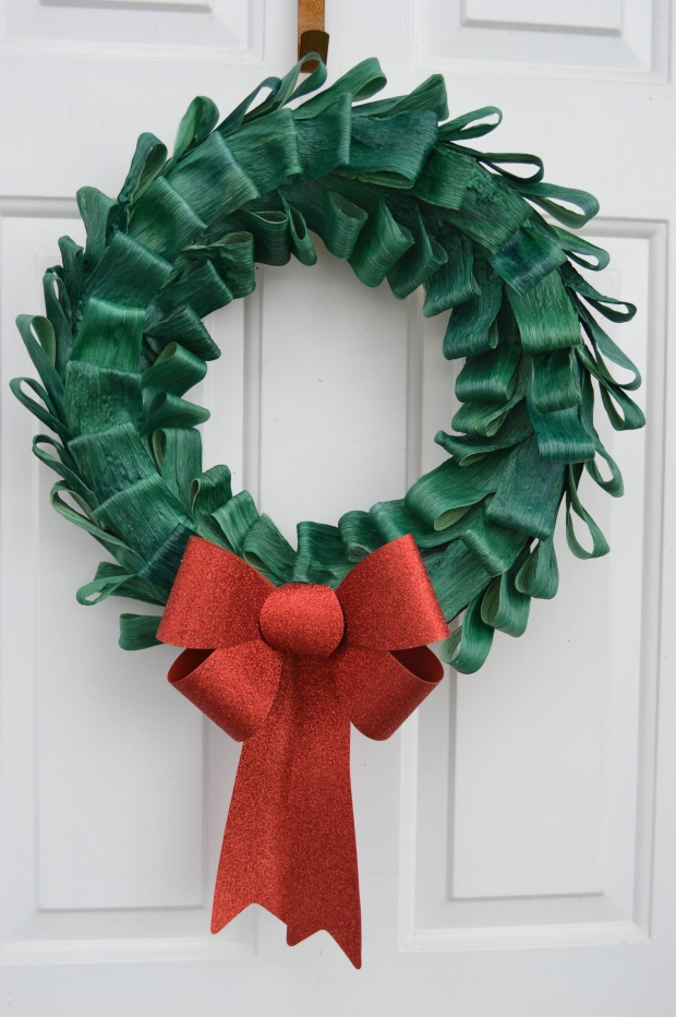 Christmas Corn Husk Wreath