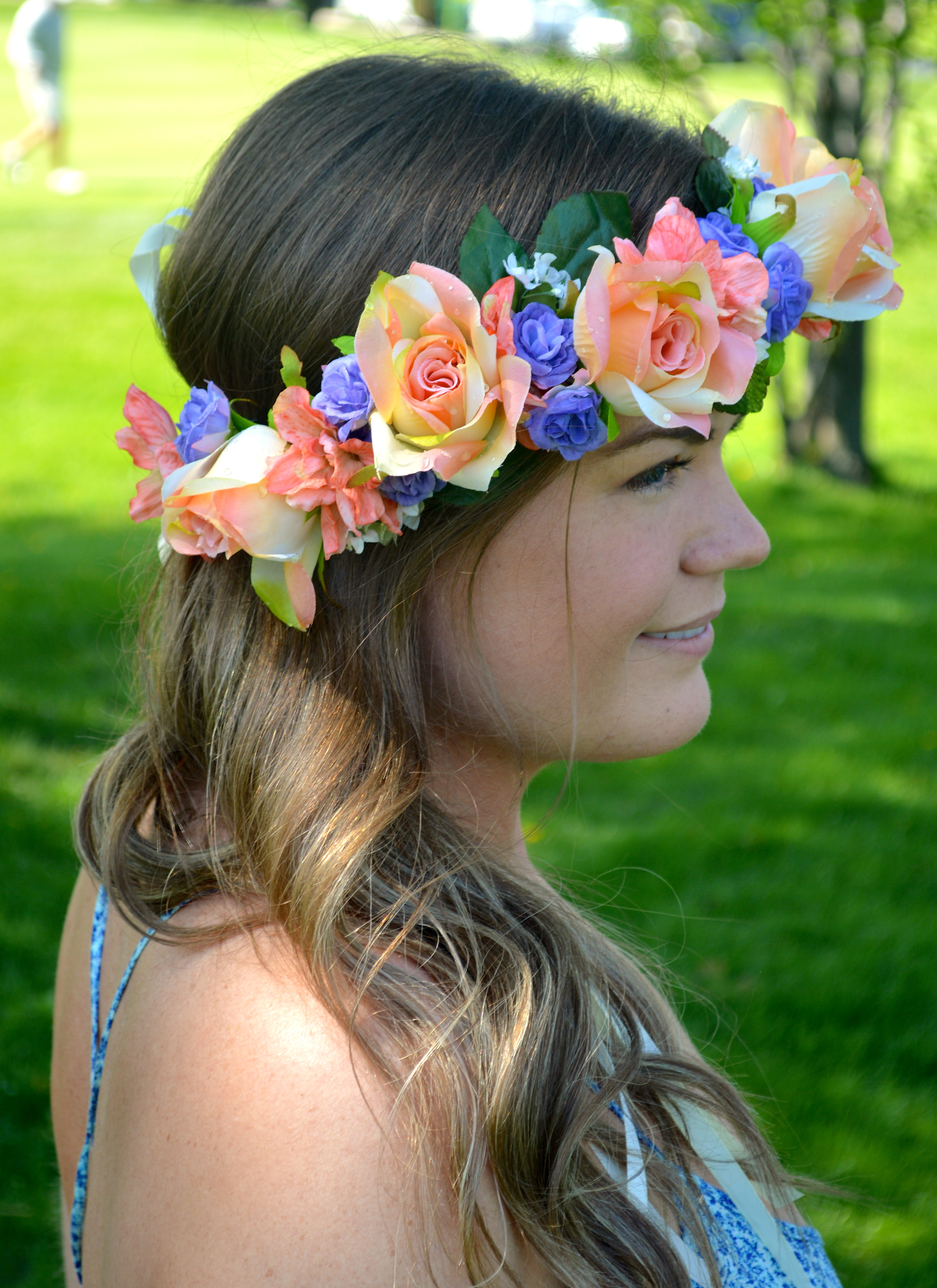 Flower crown flower crown side view izmirmasajfo Images