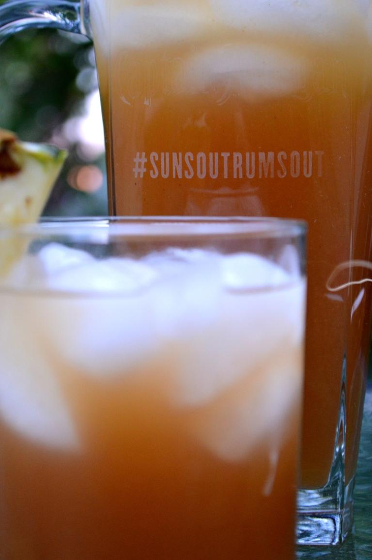 #sunsoutrumsout