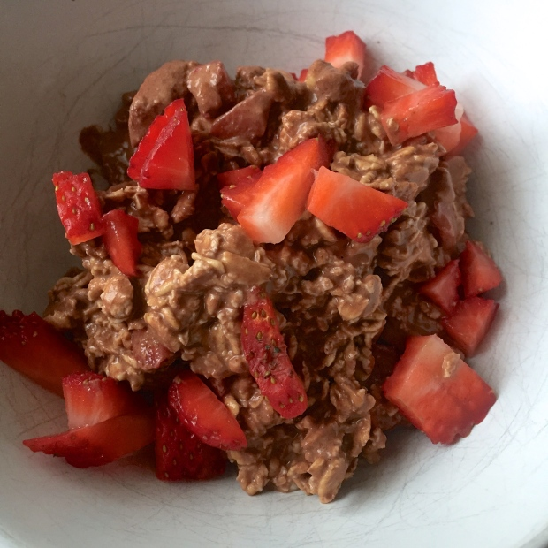 Chocolate Strawberry Overnight Oats